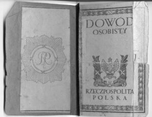 Cover of Polish ID card isuued in 1924 which can help you get Polish Citizenship Certificate